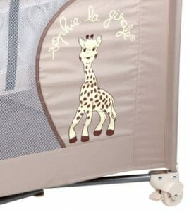 lit parapluie sophie la girafe notre avis b b dodo. Black Bedroom Furniture Sets. Home Design Ideas